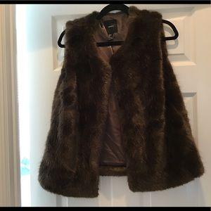 Vest faux fur